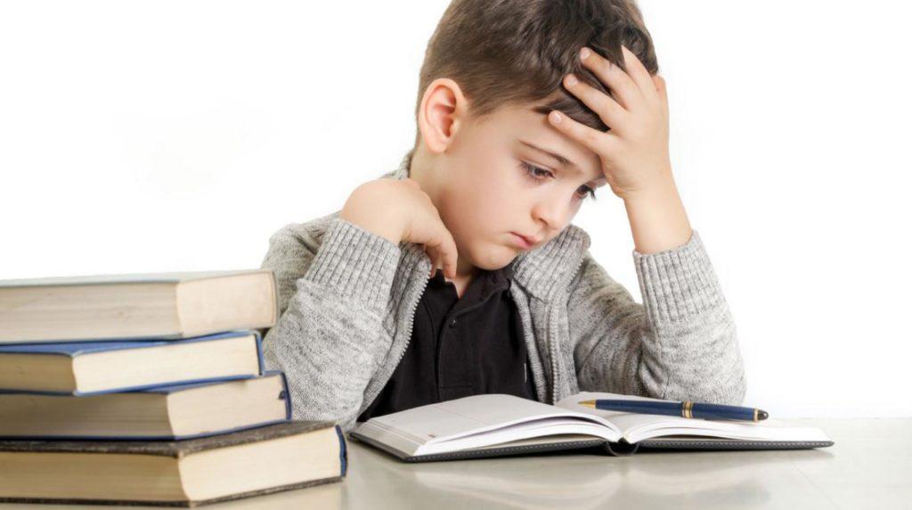 O que é dislexia infantil? Descubra 16 fatos básicos sobre esse transtorno